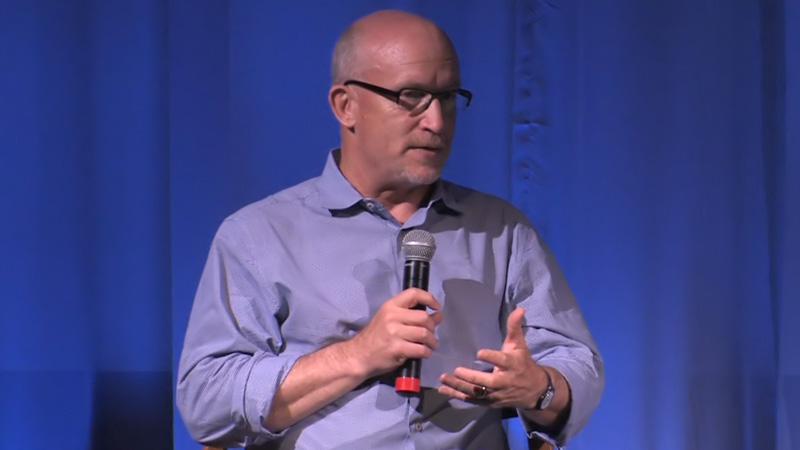 "Alex Gibney discusses ""We Steal Secrets"""