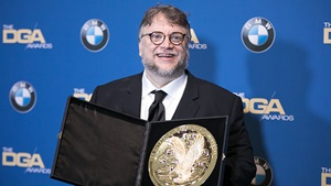 Guillermo del Toro wins DGA Award